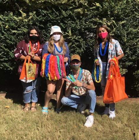 "Emilia Aguayo, 11, Hannah Pace, 11, Bryce Newton, 12, and Virginia Romero, 9 show their school spirit by participating in Spirit Week's ""Florida Monday."""